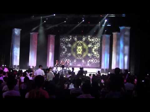 BáoNga.com - LiveShow Đàm Vĩnh Hưng tại Moscow 2013 hát solo 30 phút đầu tiên