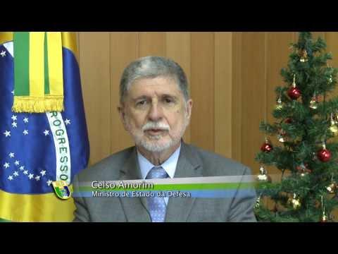 Ministro Celso Amorim divulga mensagem de fim de ano a civis e militares da Defesa