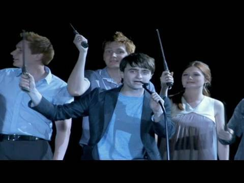 Daniel Radcliffe, Rupert Grint & Harry Potter stars  open Universal Orlando's Wizarding World