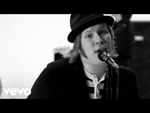 télécharger Fall Out Boy – The Take Over, The Breaks Over