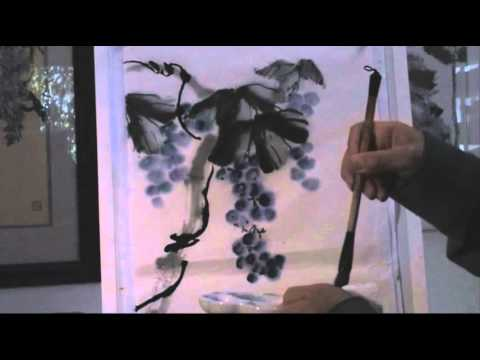 Painting Grape Vines Using a Long Bristle Badger Hair Brush with Henry Li
