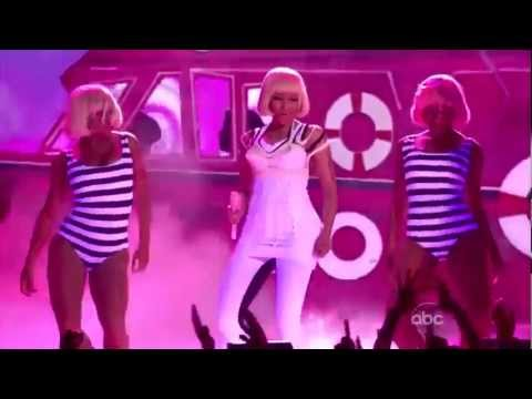 Nicki Minaj and Britney Spears - Super Bass,Till The World Ends (Billboard Music Awards 2011)