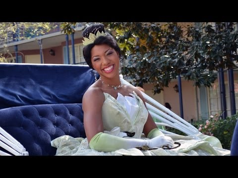 Disney's Port Orleans Resort Mardi Gras Parade 2014 - Celebrating the Holidays plus Princess Tiana