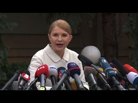 Ukraine opposition's Timoshenko to run for president
