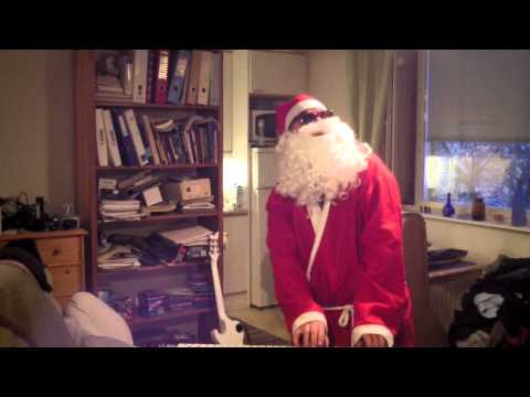The real Santa Claus plays the organ - The Peaceful Christmas Waltz