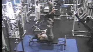 caida en el gym fitness