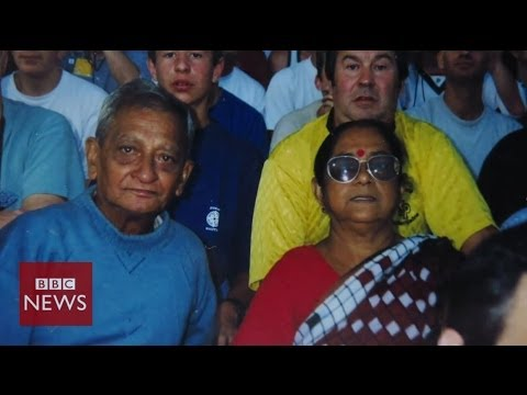 Football-mad Indian couple head to 9th World Cup - BBC News