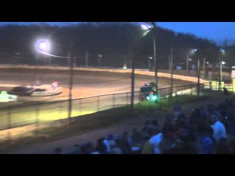 Susquehanna Speedway Park 410 and 358 Sprint Car Highlights 4-13-14