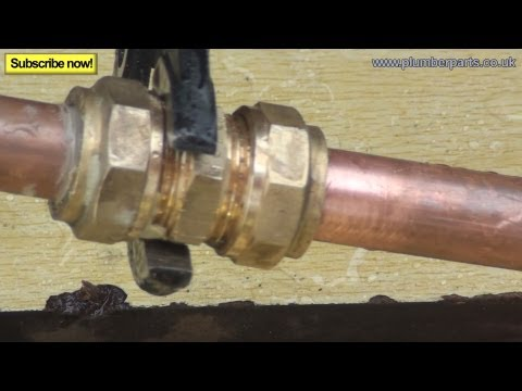 FIX LEAKING COMPRESSION PIPE FITTING - Plumbing Tips
