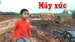 Máy xúc và xe tải làm việc tại công trường, Excavators, trucks, Kênh Em Bé 😕