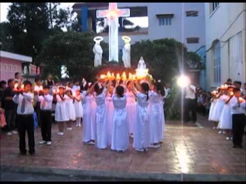 Dâng hoa kính Đức Mẹ tháng 5/2012 - Thiếu nhi & Thanh niên HĐ TGM Cần Thơ