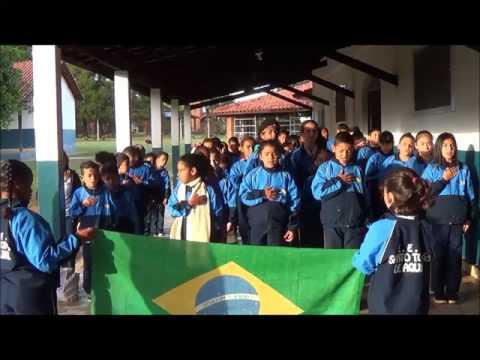 Hino Nacional - Alunos Escola Santo Tomás de Aquino