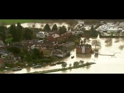 UK floods: What can the UK do to prevent flooding?