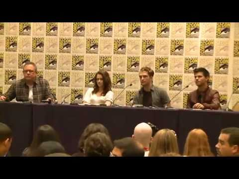 Robert Pattinson, Kristen Stewart, and Taylor Lautner Reveal Favorite Breaking Dawn Scenes: Part 3