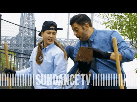 Adam Richman's Gardening Lesson | DREAM SCHOOL: NYC Episode 2