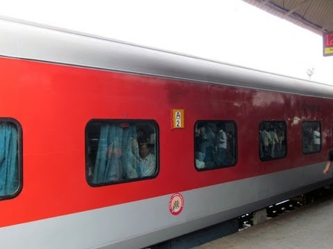 A Complete Journey By Rajdhani Express.(Part-1)