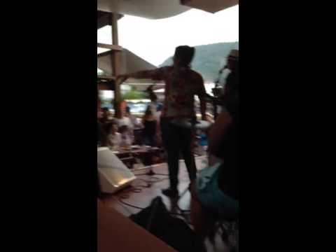 Beijinho no Ombro com Darminas Bar Caiçara
