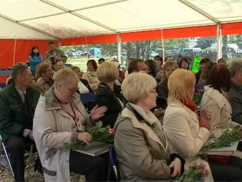 Смотреть видео В Венстпилсе торжественно открыт туристический сезон