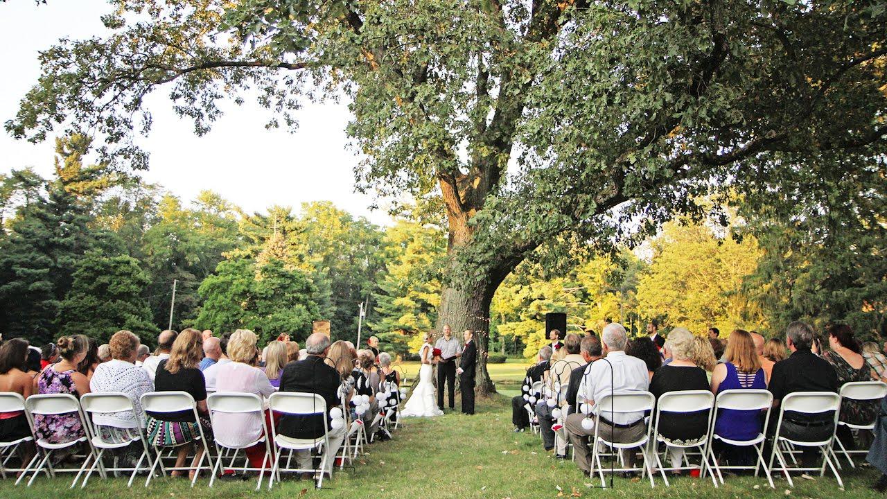 The Perfect Wedding 03/20/2016