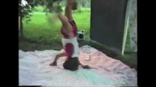 [Breakdancing Kid Fractures Vertebrae !!!!! FUNNIEST JUNK EVE...] Video