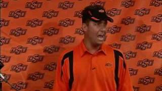 Video Oklahoma State Football Coach Mike Gundy Upset