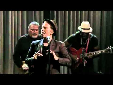 Tom Waits - Raised Right Men Live.