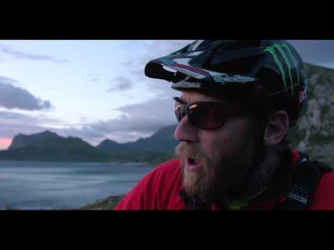 Behind the Scenes - Steve Peat: 'Cheers'