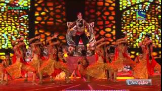Faisal Khan Performance At KBC 2014 Grand Premiere