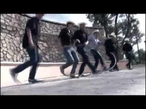 Soy Un Simple Mortal (El Rey Del Tribal) Video Oficial
