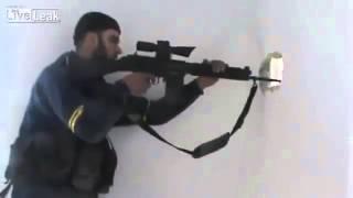Sniper yang hampir ketembak