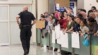 قاضية فيدرالية تمنع ترحيل المسافرين الموقوفين بموجب قرار ترامب |