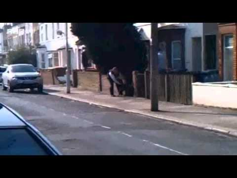 Graphic Footage of Pit Bull dog attacking Policemen