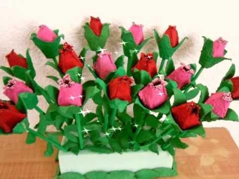ROSAS DE CARTON DE HUEVO ** EGG CARTON ROSES, Hola !! En este video te enseño como hacer rosas utilizando carton de huevo,te recomiendo usar el carton gris ( el que es reciclado ) ya que si utilizas cart...