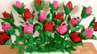 Rosas de cartón de huevo