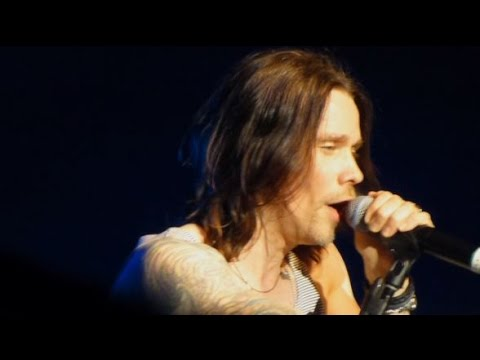 Slash + Myles Kennedy - Ghost