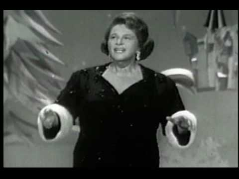 KATE SMITH sings CHRISTMAS EVE IN MY HOME TOWN