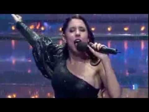 Sandra Polop mojada y con viento- Uno de Los Nuestros