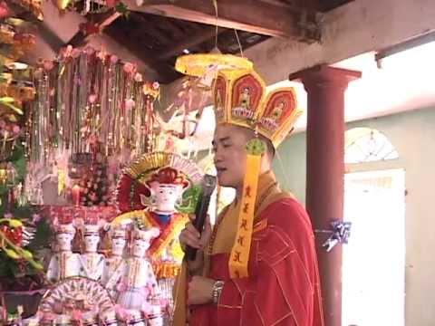Cậu Lương Ninh Bình - Trình đồng tiễn căn Đền Mẫu Thượng Linh Từ 09.8.2011 P1