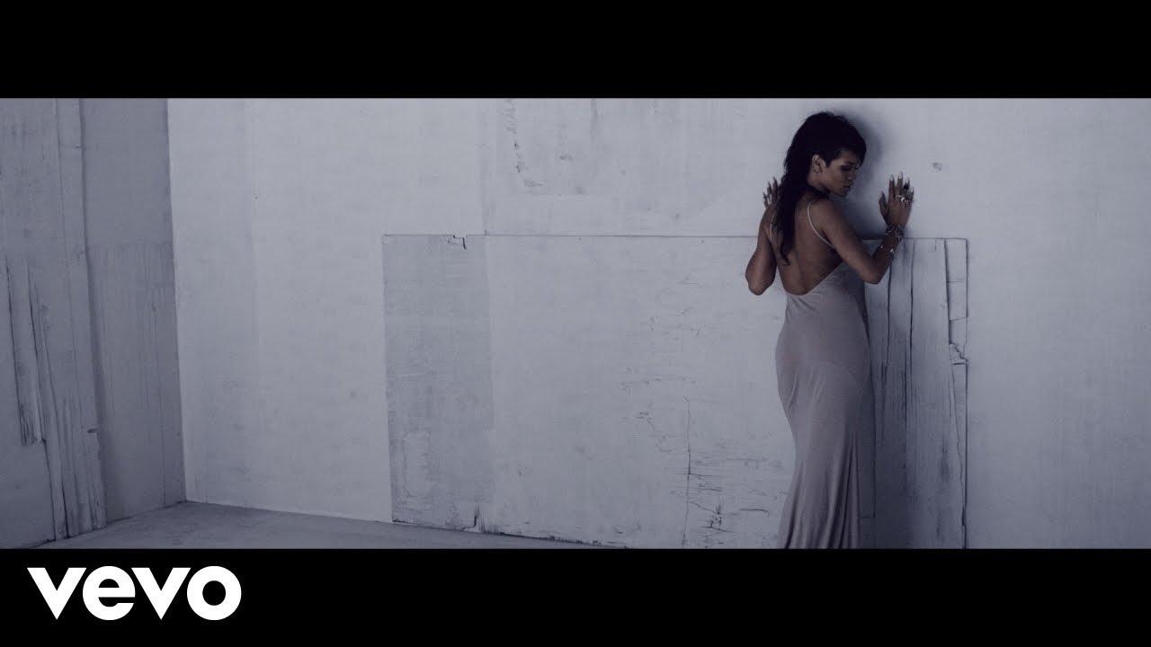 Beyonce Pretty Hurts - Magazine cover