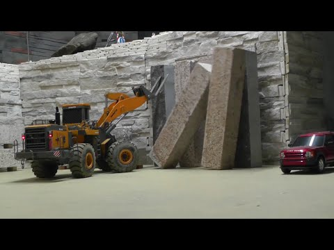 RC CONSTRUCTION SITE ,RC CARRARA WORLD AND THE FIRST CRASH