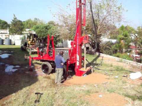 Perforacion con maquina Asistec - 250