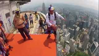 Amazing Base Jumping..