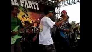 linggar reggae roots cover monkey boots tunggulah tunggu view on youtube.com tube online.