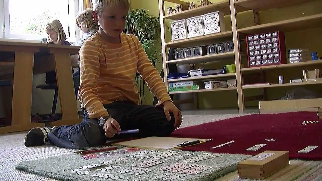 Lernen nach maria montessori youtube for Raumgestaltung in der krippe