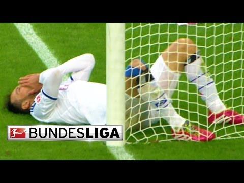 CHOQUE ÉPICO!! Jogador do Hamburgo choca com violência contra o poste da baliza!!