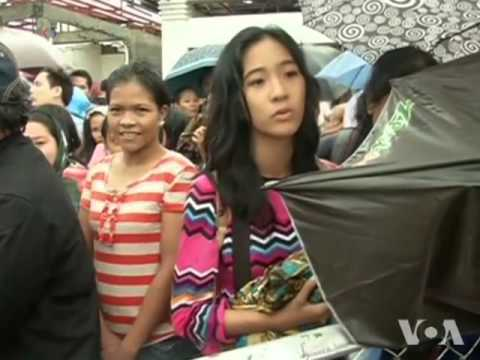 International Relief Efforts Picking up in Typhoon Hit Philippines  American News