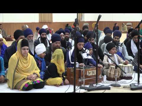 Bibi Maninder Kaur (Vancouver) - Bay Area Smagam 2014 - Friday Night
