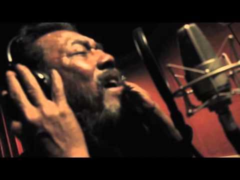 Atoklobot Feat. Tony Q Rastafara - Tempe Bongkrek (Official Music VIdeo)