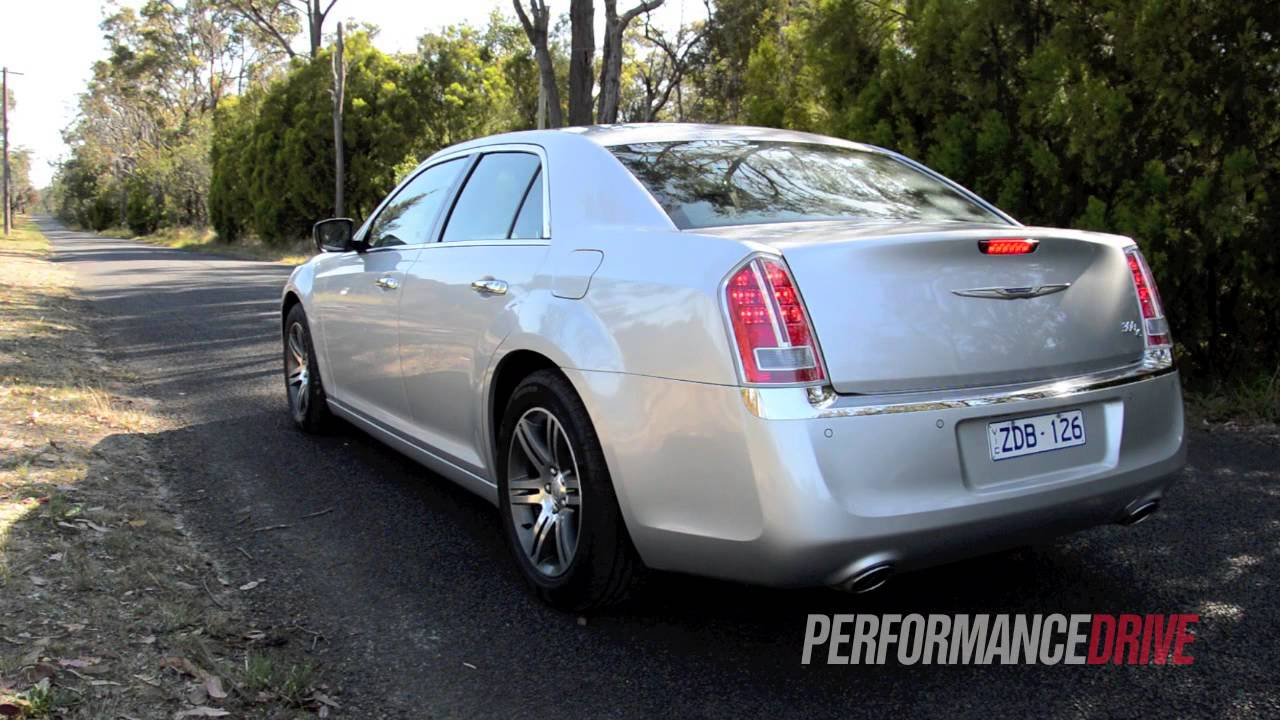 2012 chrysler 300c crd engine sound and 0 100km h youtube for Chrysler 300c crd