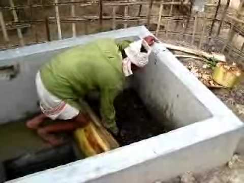 Developing Biogas Plant.wmv